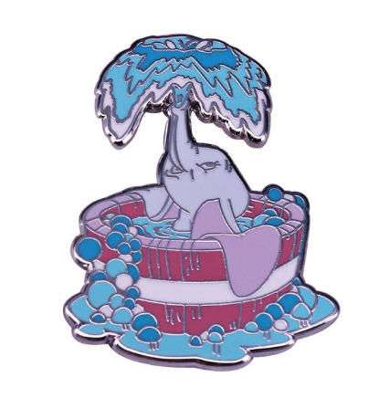 Pin Bottom Metálico Dumbo na Água: Dumbo - Disney+ - MKP