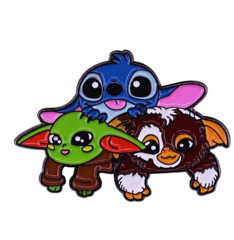 Pin Bottom Metálico Geek Stitch Baby Yoda Gremlins - Disney+ - MKP