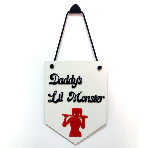 Placa Decorativa Arlequina: Daddy´s Lil Monster