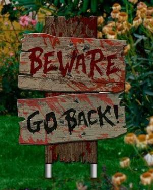 Placa Decorativa Halloween Terror Dia Das Bruxas Beware Go Back! - MKP