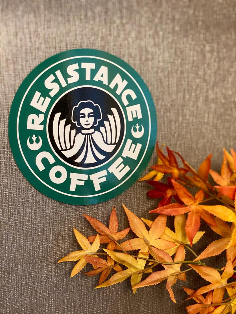 Placa Decorativa: Resistance Coffee