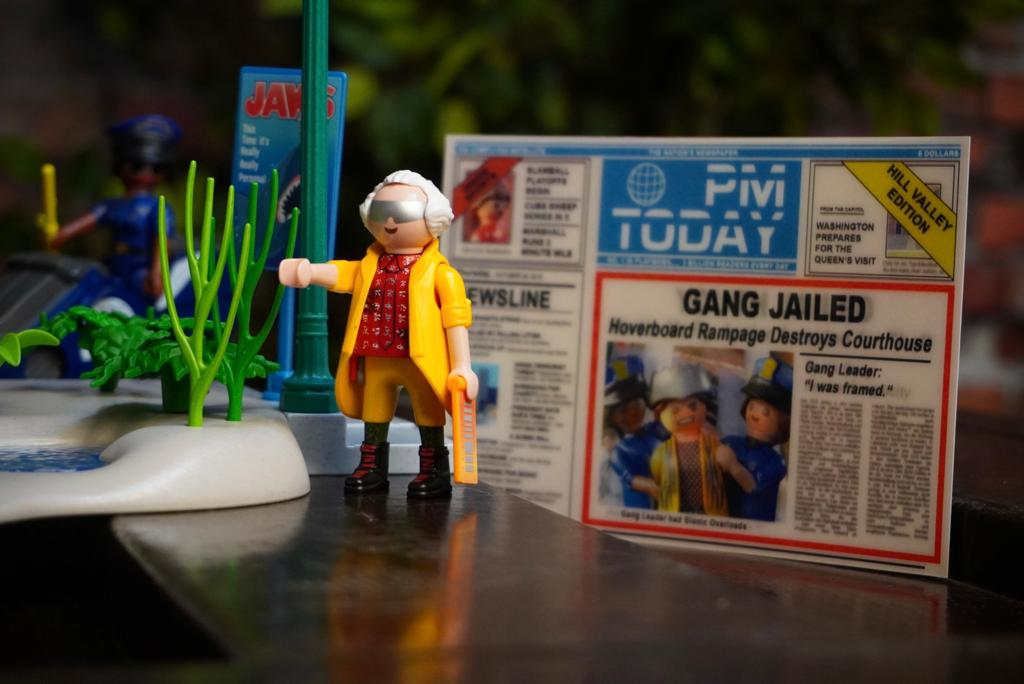 Playmobil: De Volta Para o Futuro 2 Back To The Future 2 80 Peças - Sunny