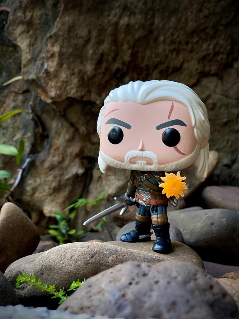 Funko Pop Geralt (GITD): The Witcher III Wild Hunt  (Exclusivo) #554 - Funko
