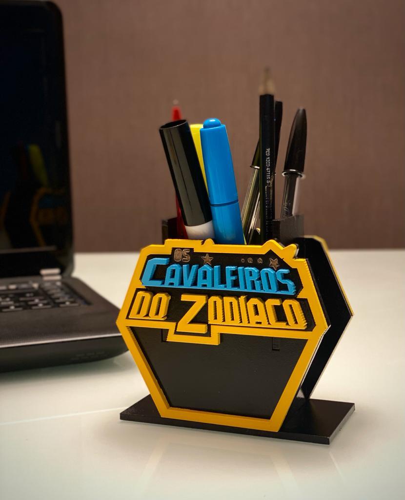 Porta Caneta Geek: Cavaleiros Dos Zodíaco