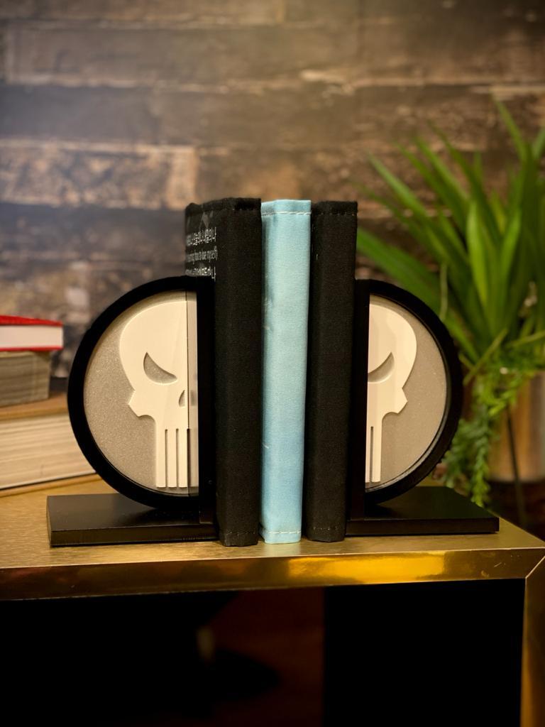 Porta Livro / Aparador de Livros Justiceiro (Punisher): Marvel