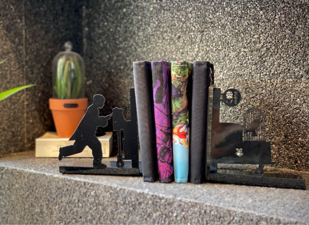 Porta Livros Plataforma 9 ¾  ''Preto'' - Harry Potter