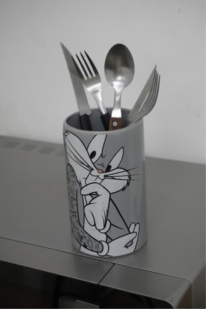 Porta Talher Pote de Cerâmica Pernalonga: Looney Tunes - Metrópole