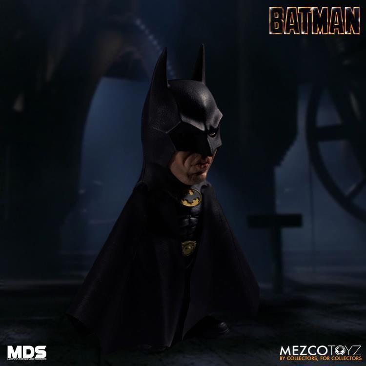 PRÉ VENDA: Action Figure Batman: Batman (1989)  Mezco Designer Series (MDS) Boneco Colecionável - Mezco