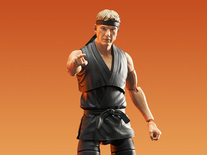 PRÉ VENDA: Action Figure Colecionável Johnny Lawrence: Cobra Kai The Karate Kid - Diamond Select Toys