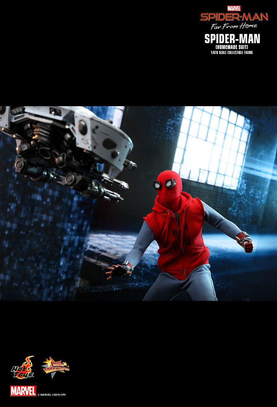 Action Figure Homem-Aranha (Spider-Man Homemade Suit): Homem-Aranha Longe de Casa (Far From Home) (MMS552) Escala 1/6 - Hot Toys