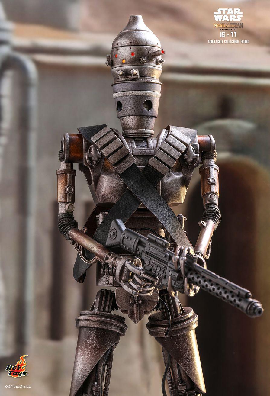 PRÉ VENDA: Action Figure IG-11: The Mandalorian Star Wars Series (TMS008) Escala 1/6 - Hot Toys