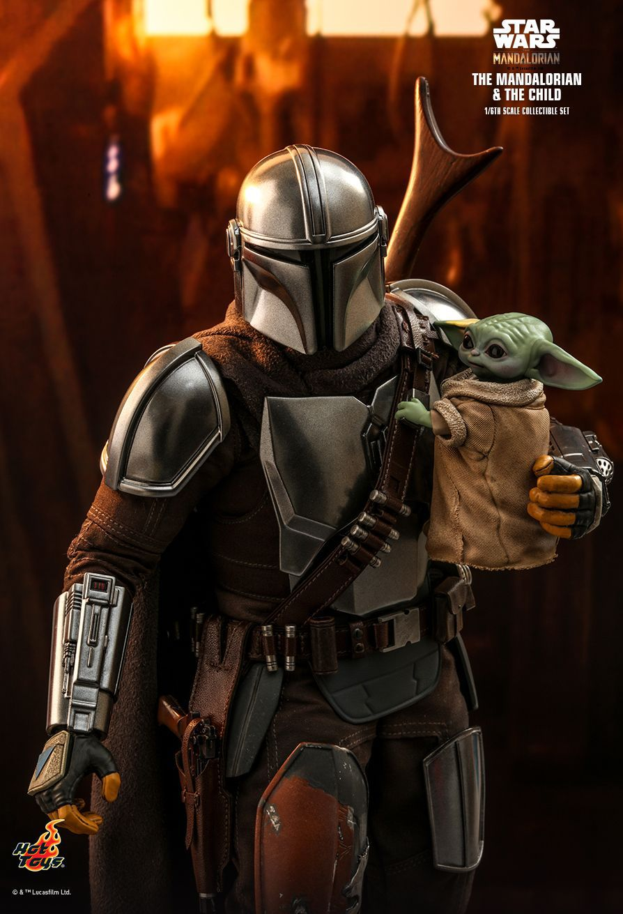 PRÉ VENDA: Action Figure The Mandalorian and the Child (Baby Yoda): The Mandalorian Star Wars Series (TMS014) Escala 1/6 - Hot Toys