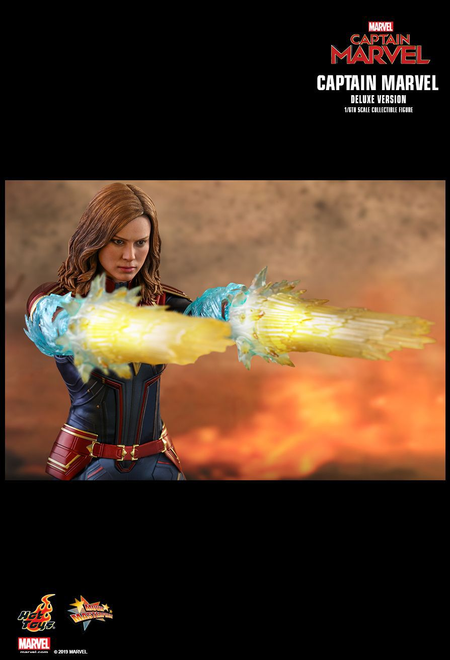 PRÉ VENDA: Boneco Capitã Marvel (Captain Marvel) Deluxe: Capitã Marvel (Captain Marvel) Escala 1/6 (MMS522) - Hot Toys