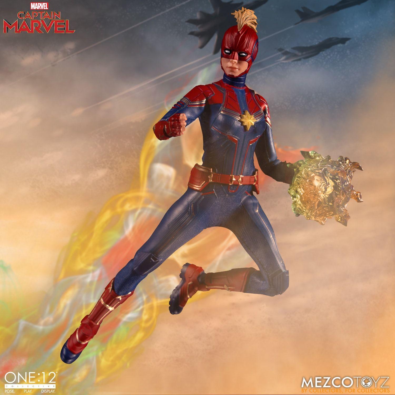 Action Figure Capitã Marvel (Captain Marvel) One:12 Collective (Escala 1/12) Boneco Colecionável - Mezco