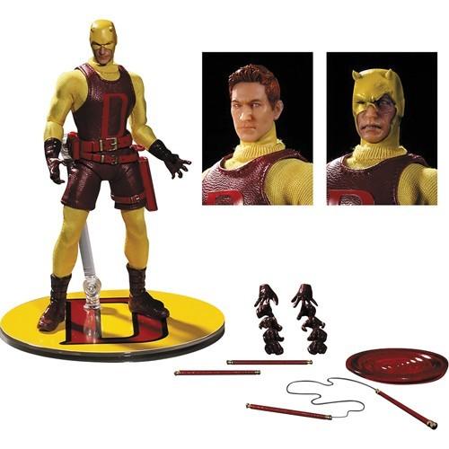 Boneco Demolidor (Daredevil): Marvel One:12 Collective Exclusive Yellow Version Escala 1/12 - Mezco