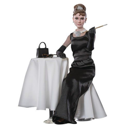 Boneco Holly Golightly:Bonequinha de Luxo (Breakfast at Tiffanys)  Escala 1/6 (Deluxe) - Star Ace