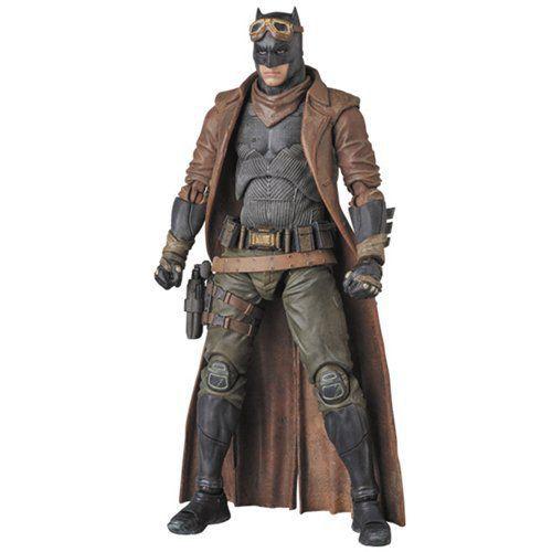 Boneco Knightmare Batman: Batman Vs Superman: A Origem da Justiça MAFEX - Medicom