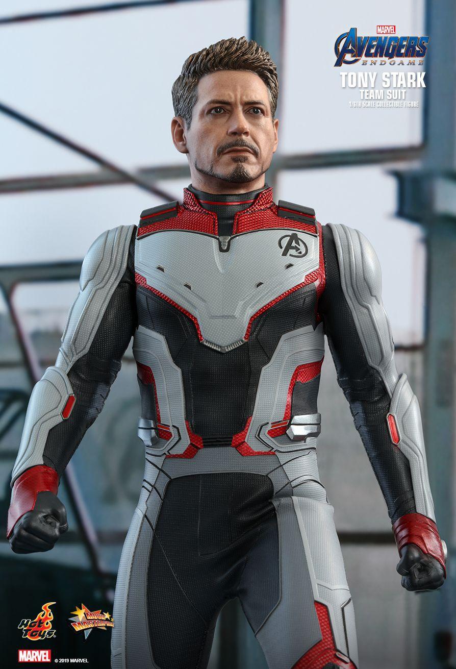 PRÉ VENDA Action Figure Tony Stark (Team Suit): Vingadores Ultimato (Avengers Endgame) MMS537 Escala 1/6 - Boneco Colec - Hot Toys