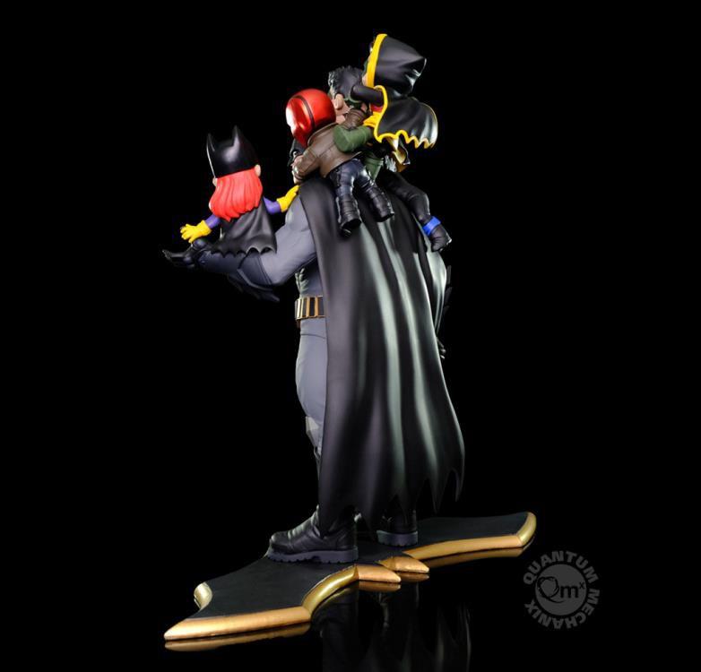 PRÉ-VENDA Diorama Batman Family: DC Comics (Q-Master) - Quantum Mechanix