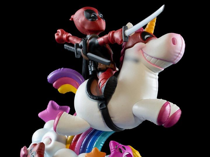 PRÉ VENDA: Estátua Max Elite Deadpool Unicórnio Marvel Comics Q-Fig - Quantum Mechanix