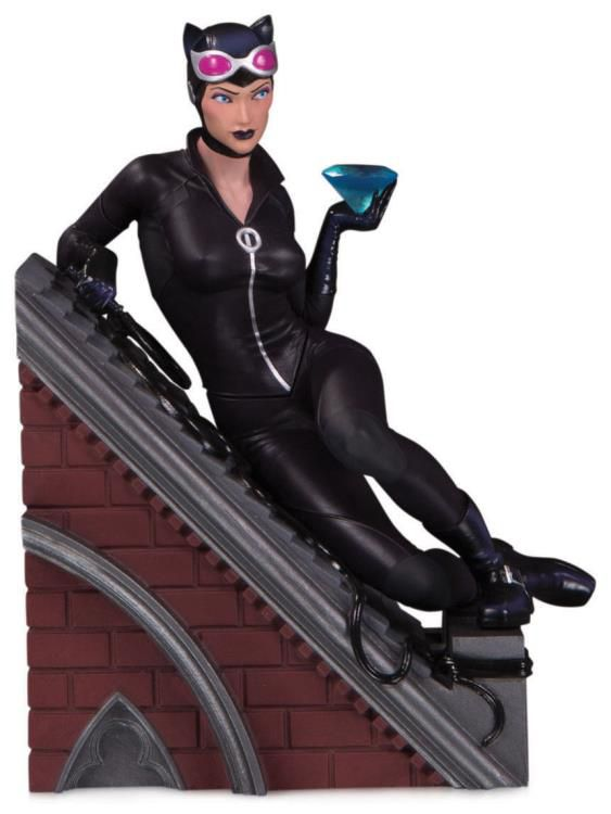 PRÉ VENDA Estátua Mulher-Gato (Catwoman): DC Comics Villains - Limited Edition (Multi-Part Diorama) - DC Collectibles