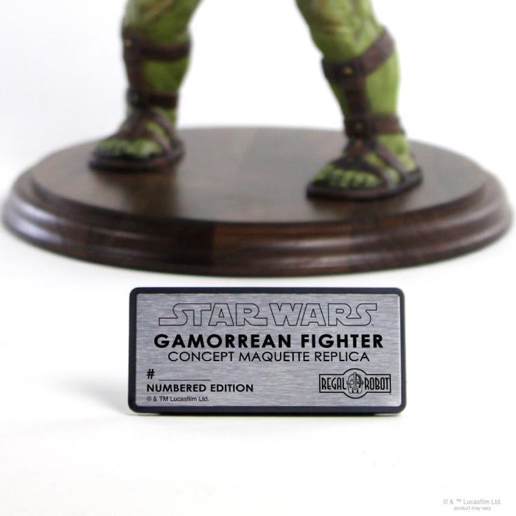 PRÉ VENDA: Estátua Réplica Maquete Gamorrean Fighter: The Mandalorian Escala 1/1 - Regal Robot