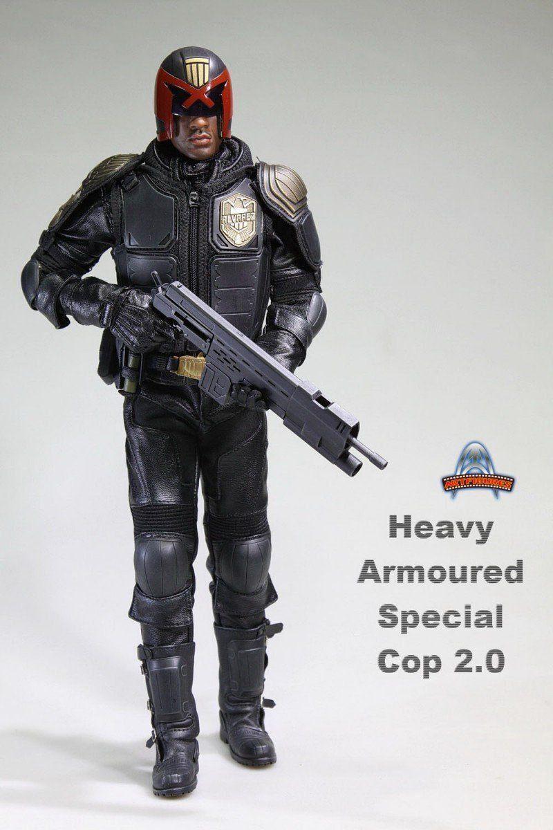 Boneco Juiz Dredd Policial Heavy Armoured Special Cop AF-022 Escala 1/6 - Art Figures