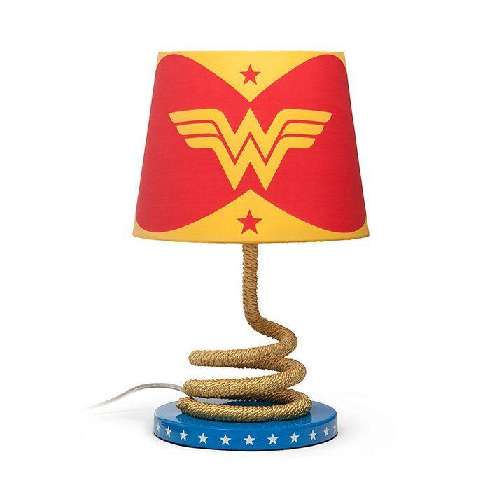 Luminária/ Abajour de Mesa Laço da Verdade Mulher Maravilha (Wonder Woman): DC Comics