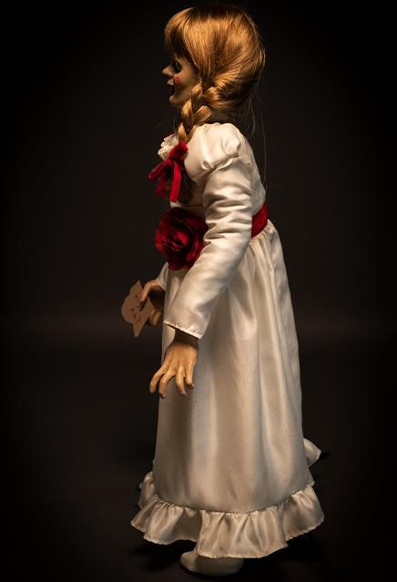 Réplica Annabelle: Invocação do Mal (The Conjuring) - Trick or Treat Studios