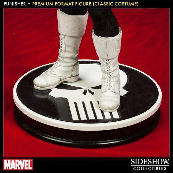 Punisher (Justiceiro) Premium Format (Classic Costume) - Sideshow
