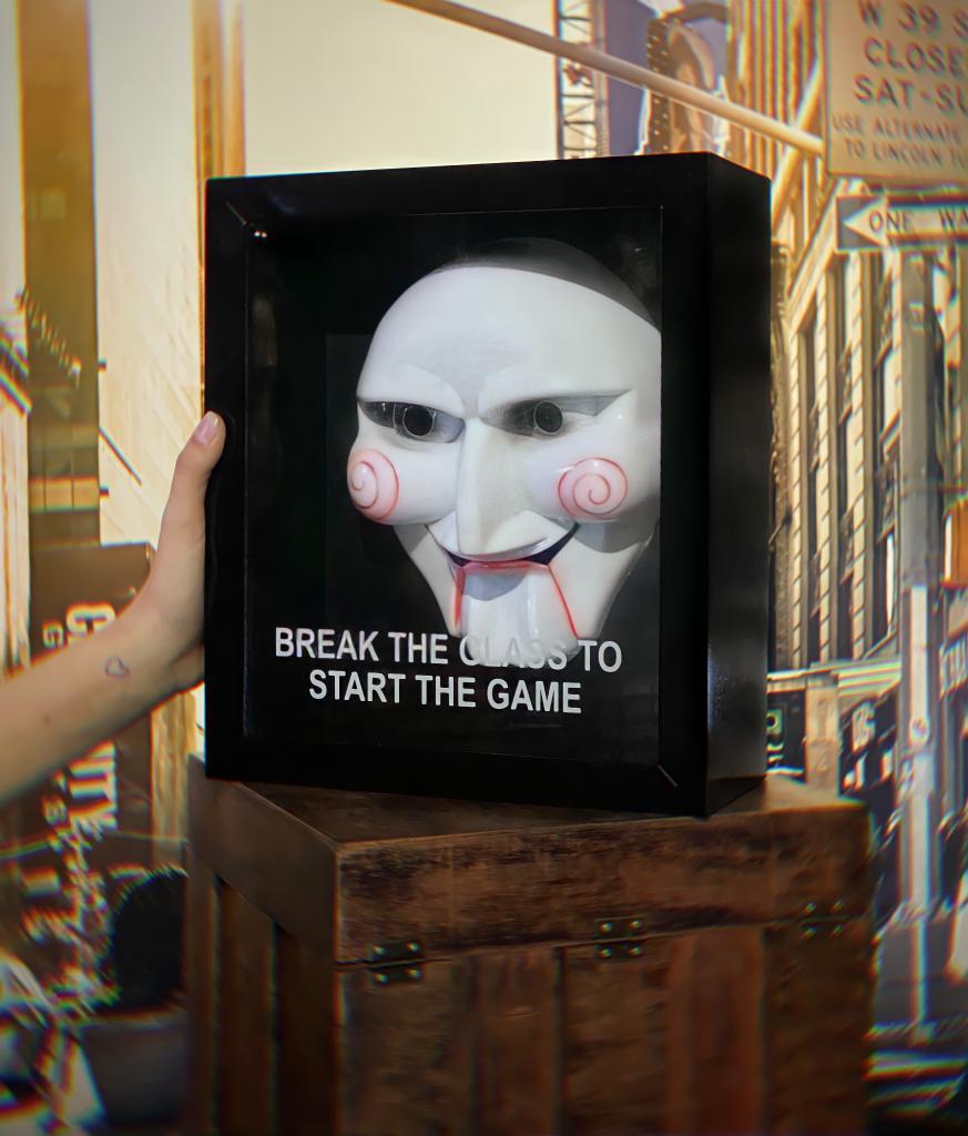 Quadro 3D Máscara Com Caixa Jigsaw: Jogos Mortais Quebre O Vidro Para Começar Os Jogos Break The Glass To Start The Game - EV