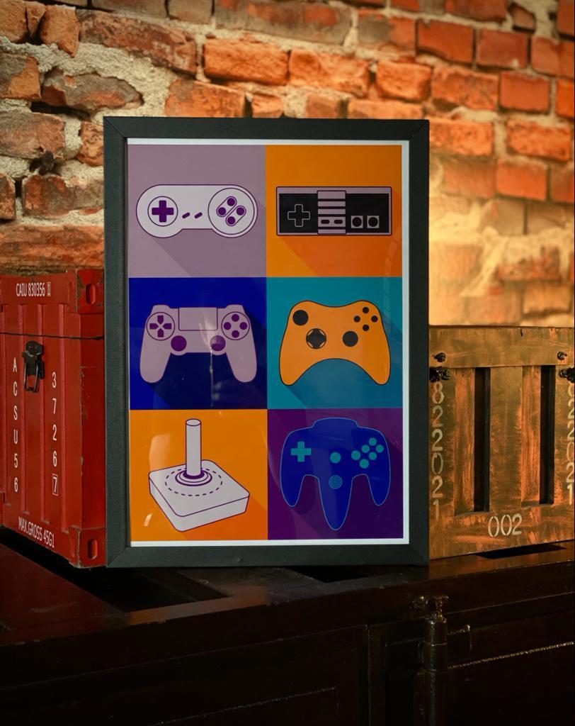 Quadro com Moldura Controles de Videogame 46x33