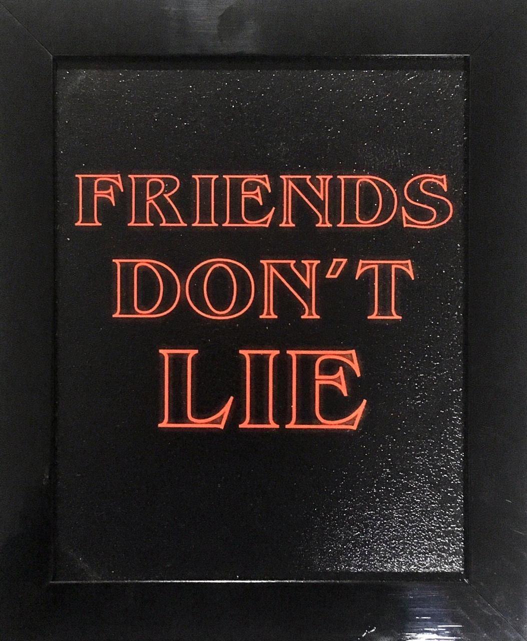 Quadro com Moldura Friends Don´t Lie: Stranger Things - 24x29