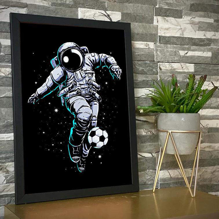 Quadro Com Moldura Space Nasa Football Astronauts Astronauta Futebol - 46x33 - EV