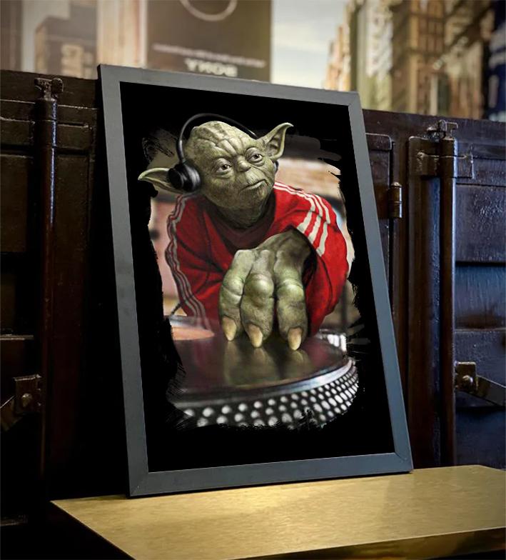 Quadro Com Moldura Yoda Night Dj Music: Star Wars - 46x33 - EV