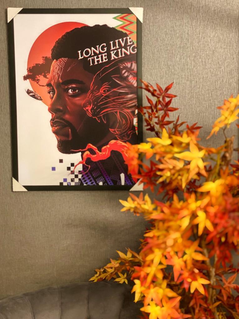 "Quadro Pantera Negra ""Long Live The King"" 46x33 - EV"