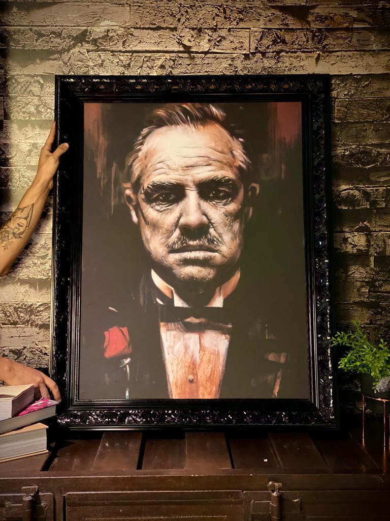 Quadro Vito Corleone: O Poderoso Chefão Canvas Moldura Premium 74x93cm