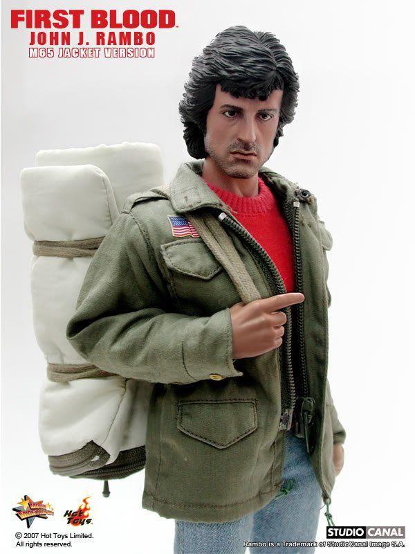 Rambo First Blood John J. Rambo M65 Jacket Version Escala 1/6 - Hot Toys