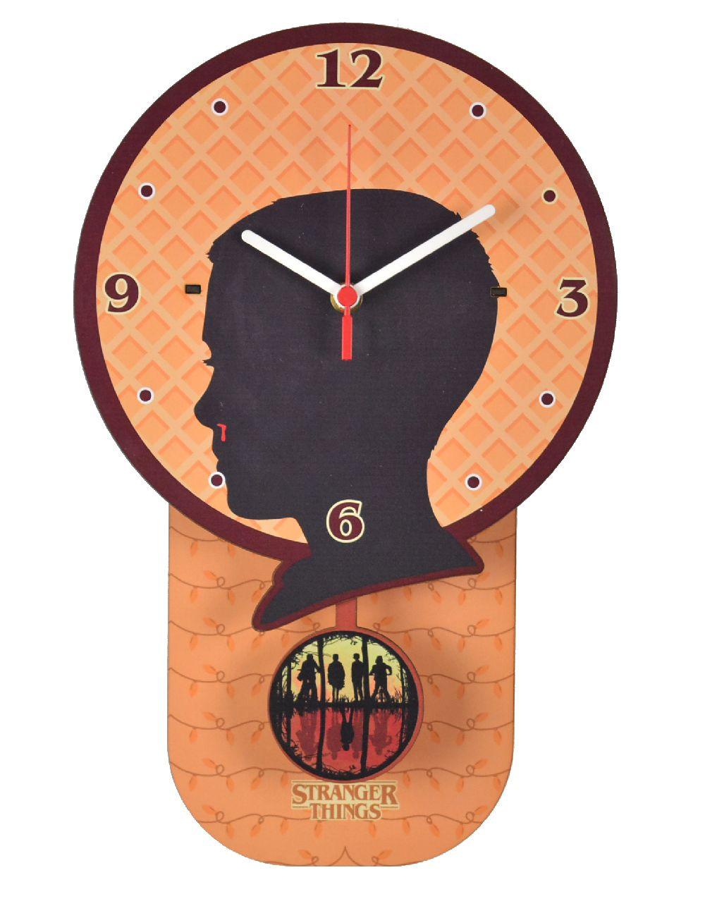 Relógio de Parede com Pêndulo Eleven Stranger Things