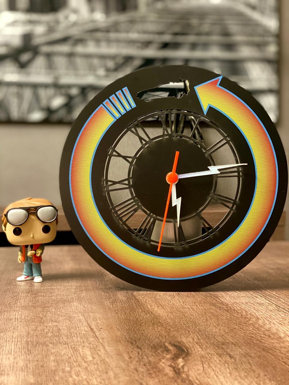 Relógio de Parede de Volta Para o Futuro - Back To The Future