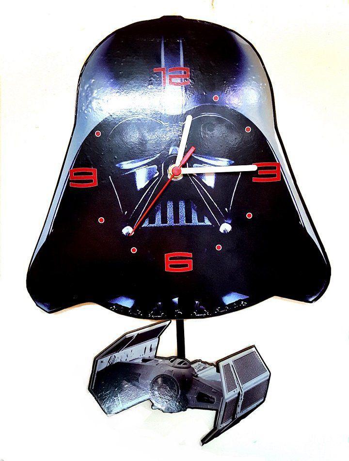 Relógio de Parede com Pêndulo Darth Vader: Star Wars