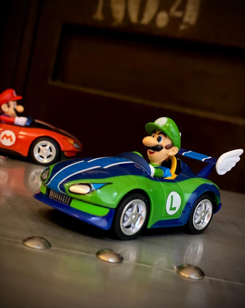 Réplica Carrinho de Fricção Pull & Speed Luigi: Mariokart 19305 Wild Wing - Nintendo Wii - EV