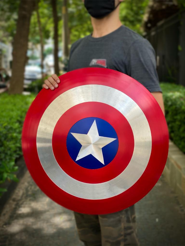 Réplica Em Metal Escudo Capitão América: Marvel - Escala 1/1 - EV