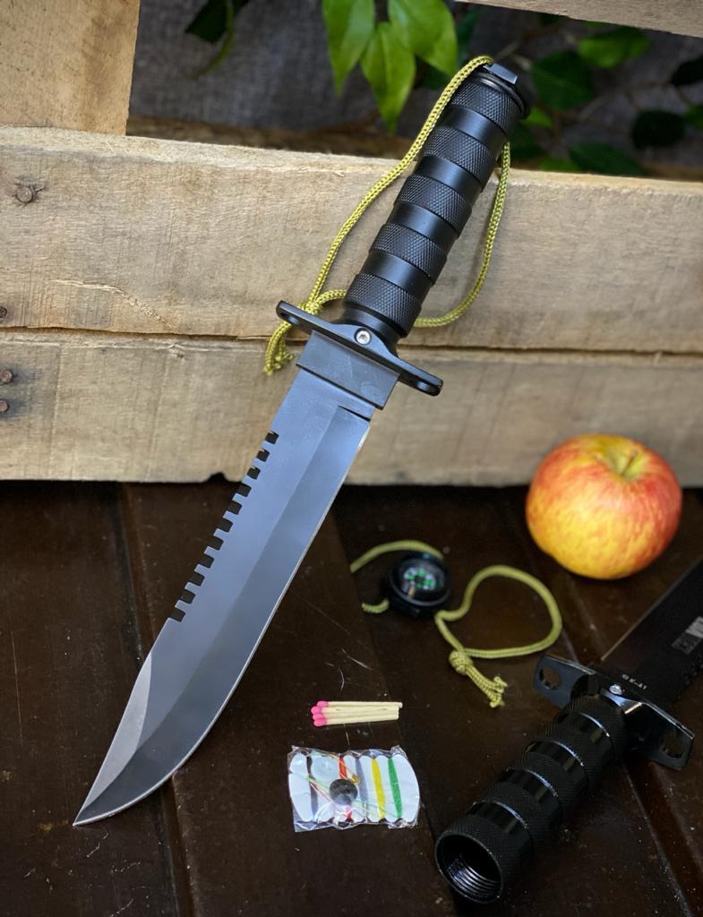 Réplica em Metal Faca Tática Militar: Rambo