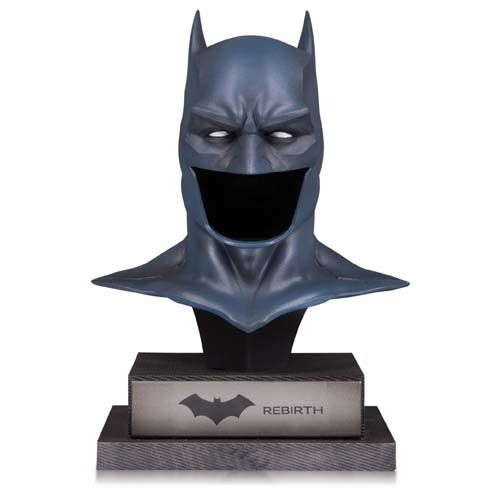 Réplica Máscara Batman: Batman Rebirth (DC Gallery) - DC Collectibles (Apenas Venda Online)