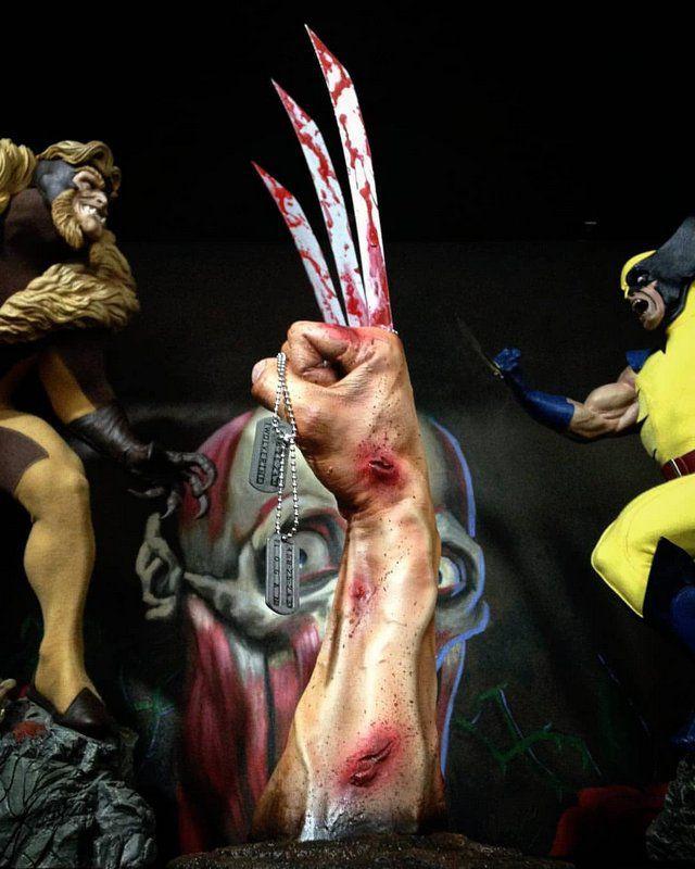Réplica Punho Wolverine Escala 1/1