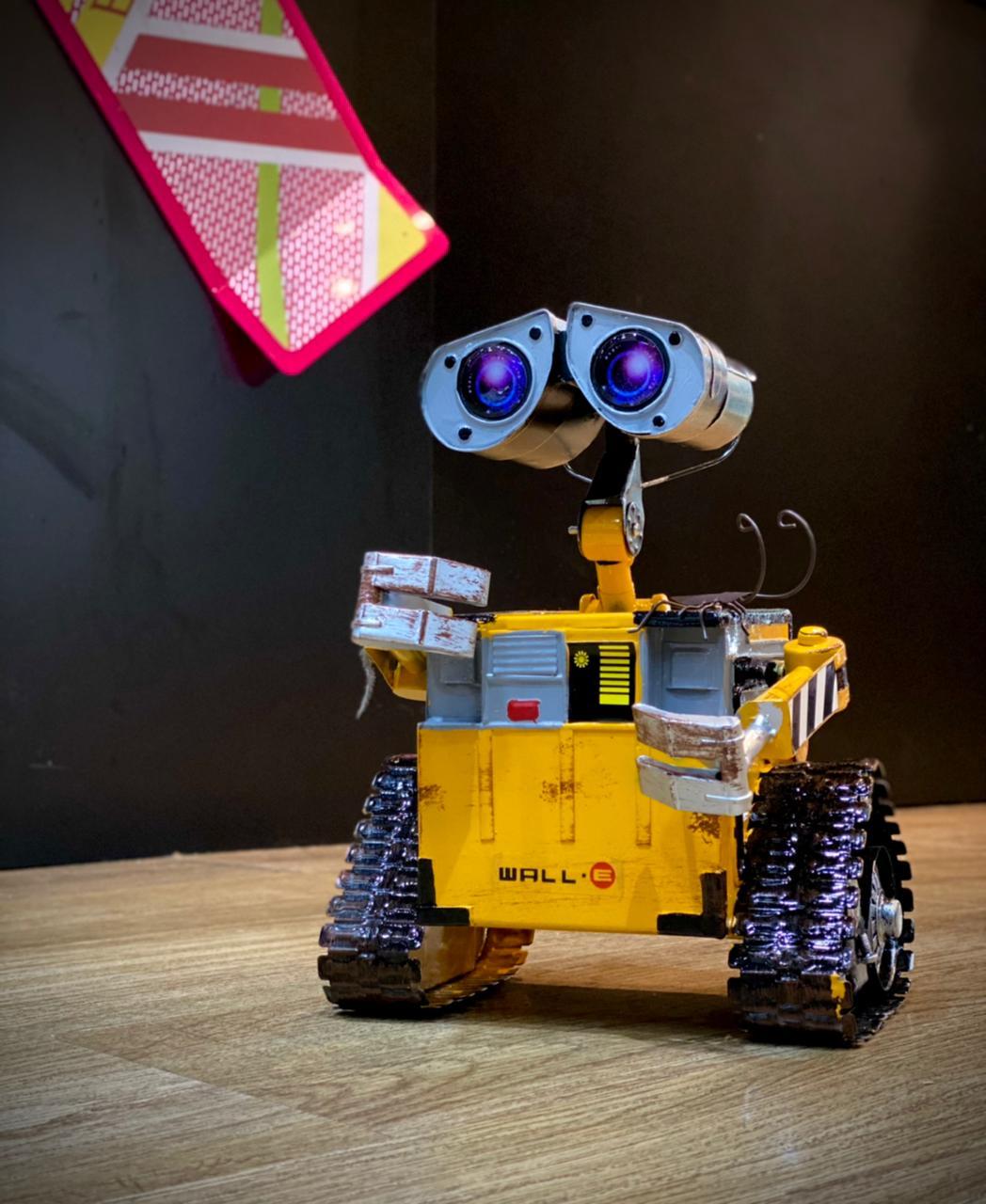 Réplica WALL- E (Metal): WALL - E (Disney / Pixar)