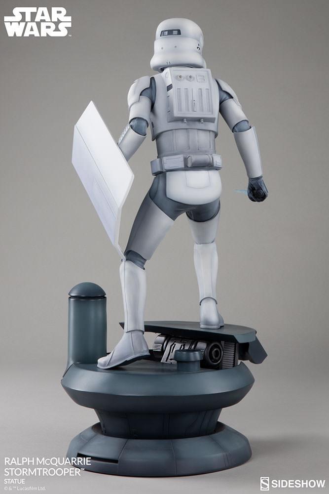 Star Wars Stormtrooper: Ralph McQuarrie Concept Artist 1:4 Premium Format - Sideshow