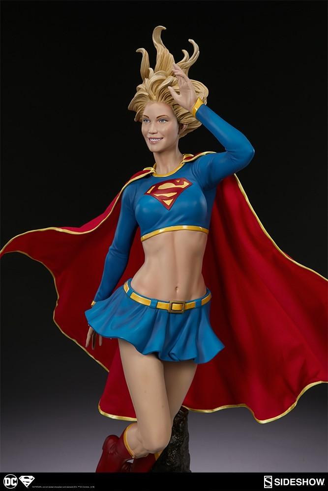 Estátua Supergirl Premium Format Escala 1/4 - Sideshow