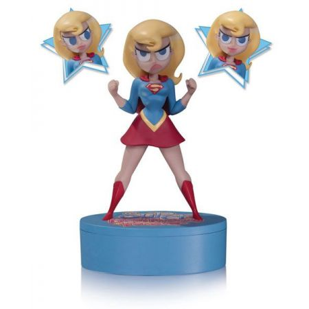 Supergirl Super Best Friends Forever Statue -  Dc Nation (Produto Exposto)